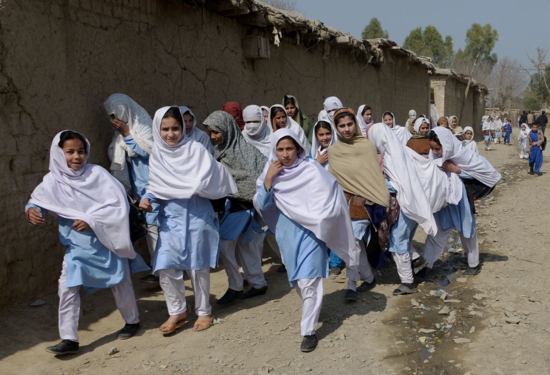 escolares afganas 2014
