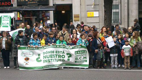 piden instituto público Madrid 2014