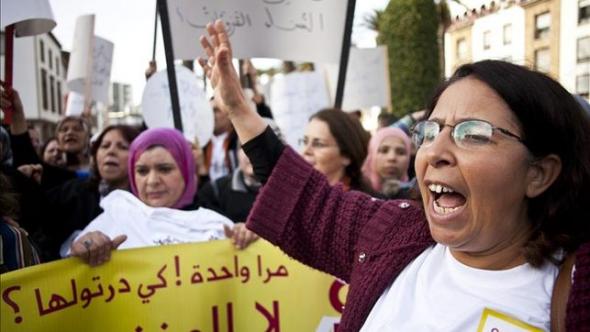 mani mujer 8M en Rabat