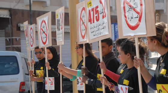 mani contra violación mujer Marruecos