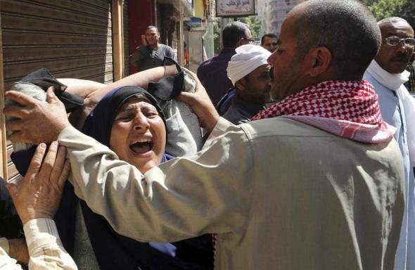 familares islamistas condenados Egipto 2014