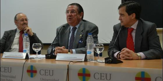 Francisco Vazquez PSOE en el CEU