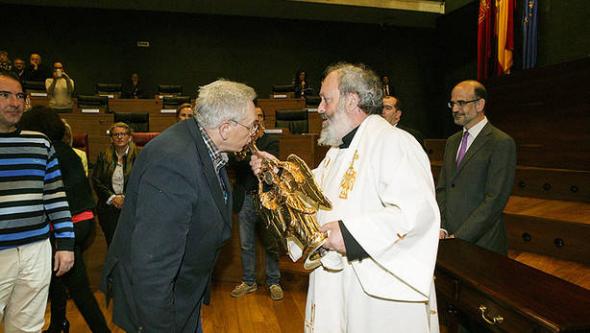 angel de Aralar en Parlamento Navarra 2014