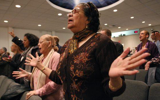 misa iglesia primitiva cristiana NY