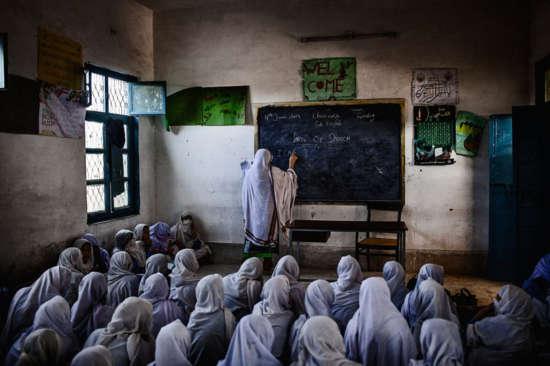 escolares musulmanas Pakistán 2014