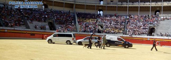 exhibicion policial a escolares Granada 2014