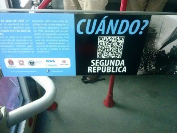 pegatinas República en autobuses Granada 2014