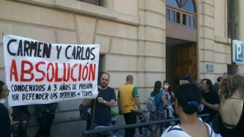 represión Carlos y Carmen 2014
