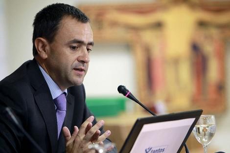 Vicesecretario para Asuntos Económicos de la Conferencia Episcopal Española, Fernando Giménez Barriocanal