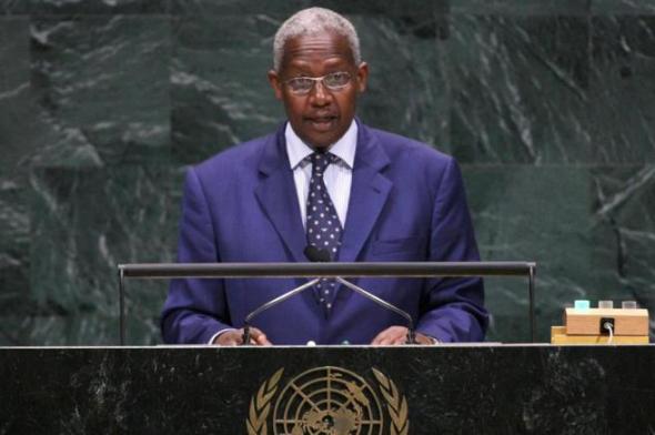 Sam Kutesa homofobo preside ONU 2014