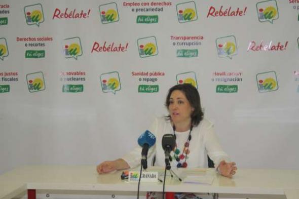 M Carmen Pérez diputada IU Andalucía