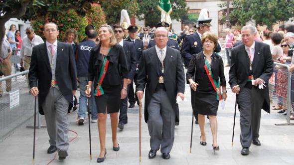 Corpus 2014 Granada concejales