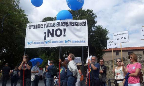 Asturias Laica Bendición de las aguas 2014 b