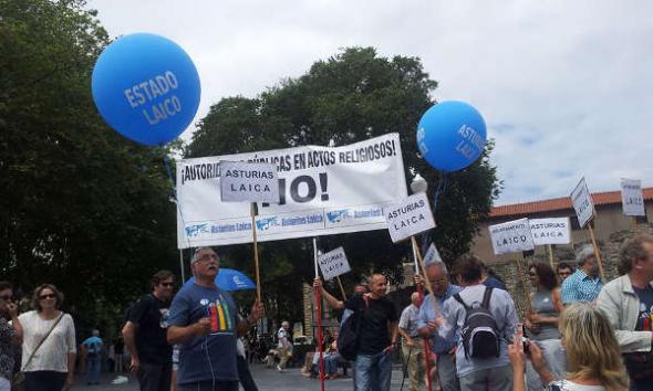 Asturias Laica Bendición de las aguas 2014 c