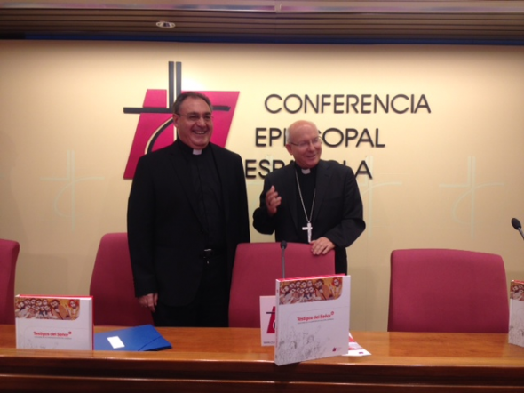 CEE presenta catecismo adolescentes Testigos del Señor 2014