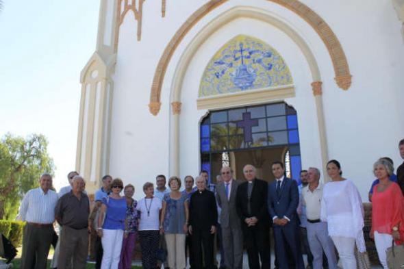 alcalde y obispo de Huelva capilla cementerio 2014