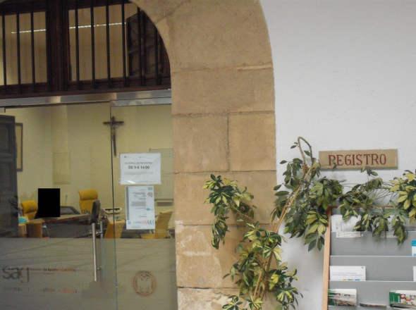 crucifijo Rectorado UGR 2014 registro