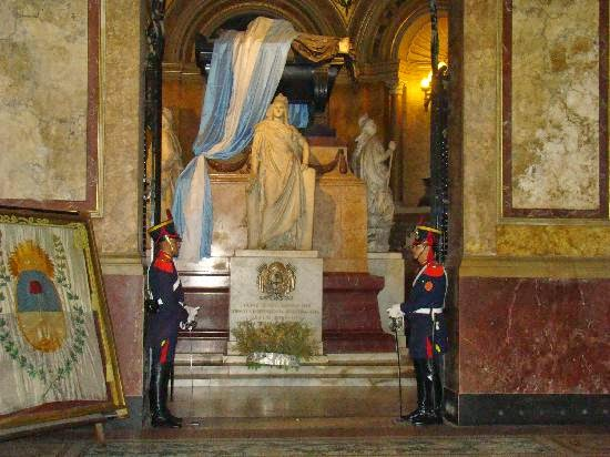 mausoleo san martin
