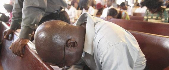 cristians Liberia rezan epidemia