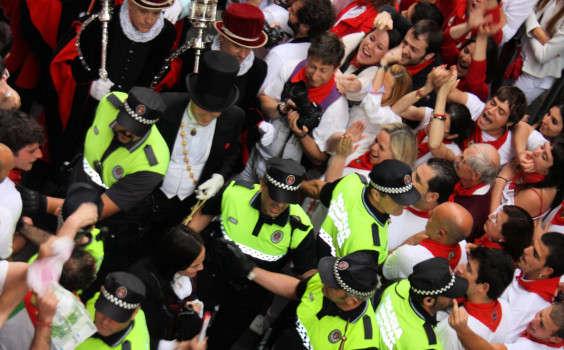 alcalde Pamplona procesión san Fermín 2014