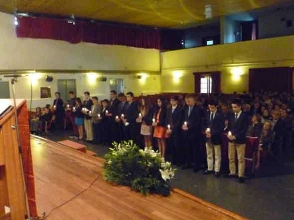 Confirmaciones en el colegio Virgen de Loreto Ministerio de Defensa