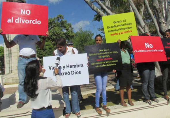 evangelistas anti gay R. Dominicana