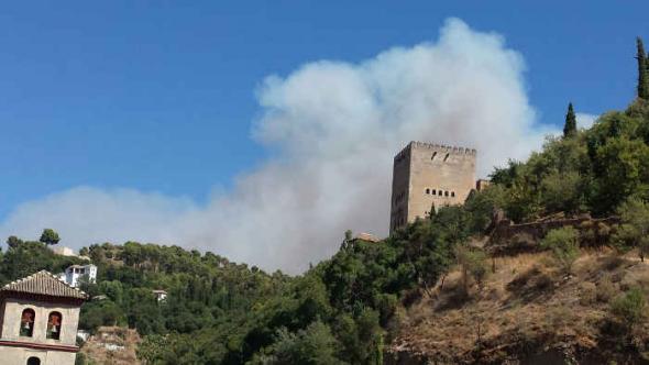 Incendio Granada 2014 rito religioso