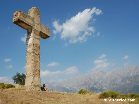 Cruz monte Viorna en Cantabria