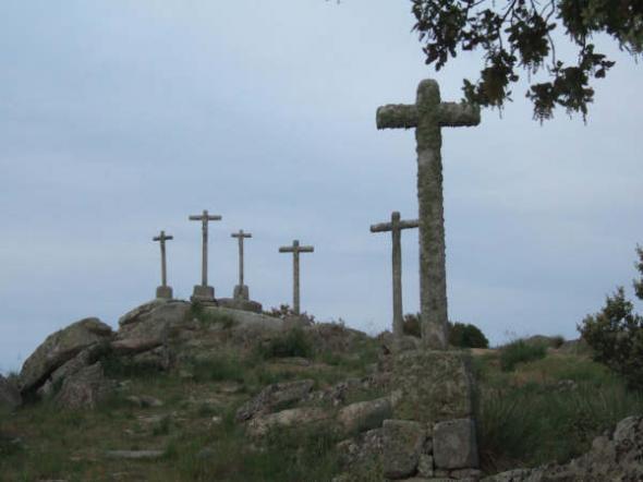 Cruces en Cardeñosa (Ávila)