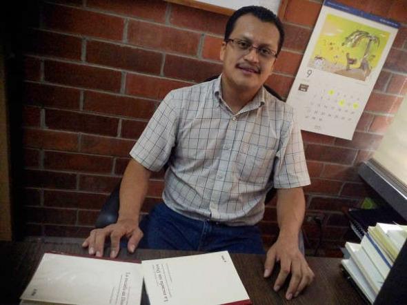 Julián-González filosofo Escuela sin dios El Salvador