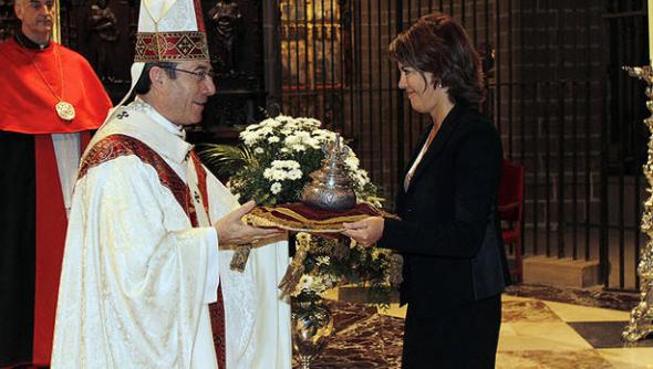 ofrenda presdienta de Navarra 2014