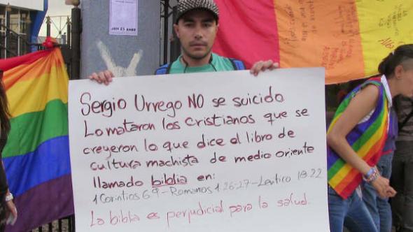 protesta joven homosexual suicidio acoso Bogotá 2014