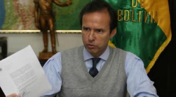 Tuto Quiroga candidato democrata cristiano Bolivia 2014