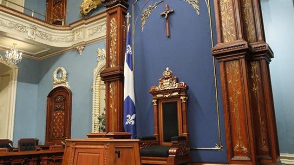 crucifijo Asamblea Nacional Quebec