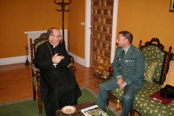 obispo y comandante Guardia Civil Cuenca 2014