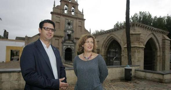 Ana Doblas IU plaza Fuensanta inmatriculada Córdoba 2014