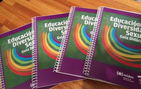 guía de educación y diversidad sexual Uruguay 2014