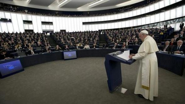 Bergoglio en Estrasburgo 2014