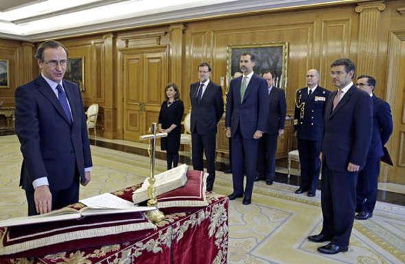 Alonso jura ministro Sanidad PP 2014