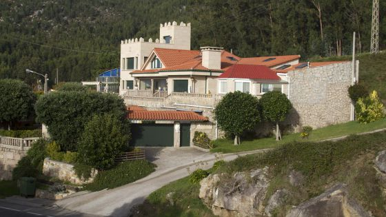 Casa de Oia secta San Miguel