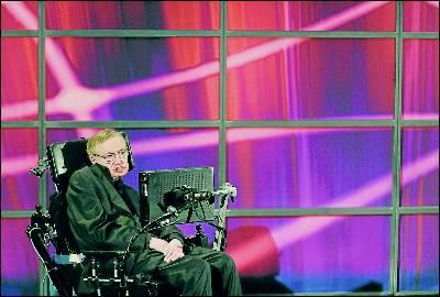 Setphen Hawking, durante una conferencia el pasado junio en Canadá.EFE
