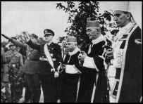 Arzobispo Católico Stepinac con Nazis de Ustashi