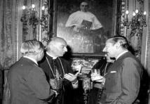 Videla con obispo