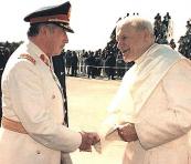 Pinochet y Wojtyla