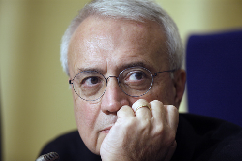 Paolo Flores