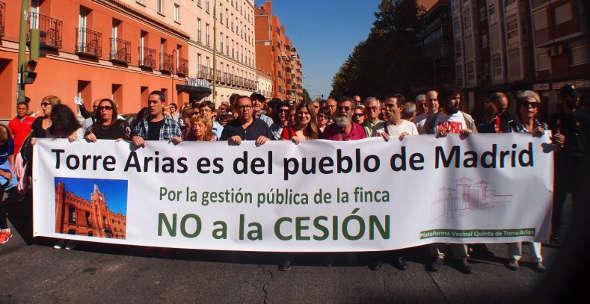 protesta cesion Torre Arias Madrid