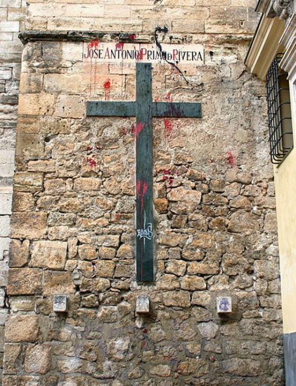 simbolos franquistas catedral Cuenca