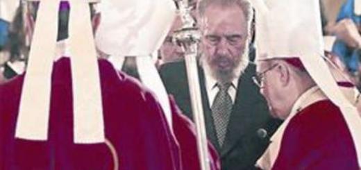 Fidel Castro con obispos.png