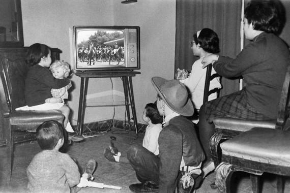 Resultado de imagen de tv franquista