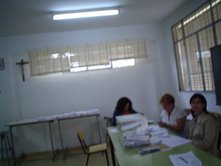 Crucifijo en colegio electoral